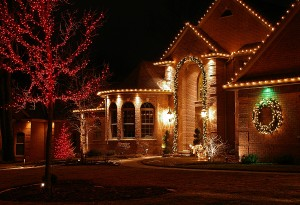 light up your landscape for the holidays