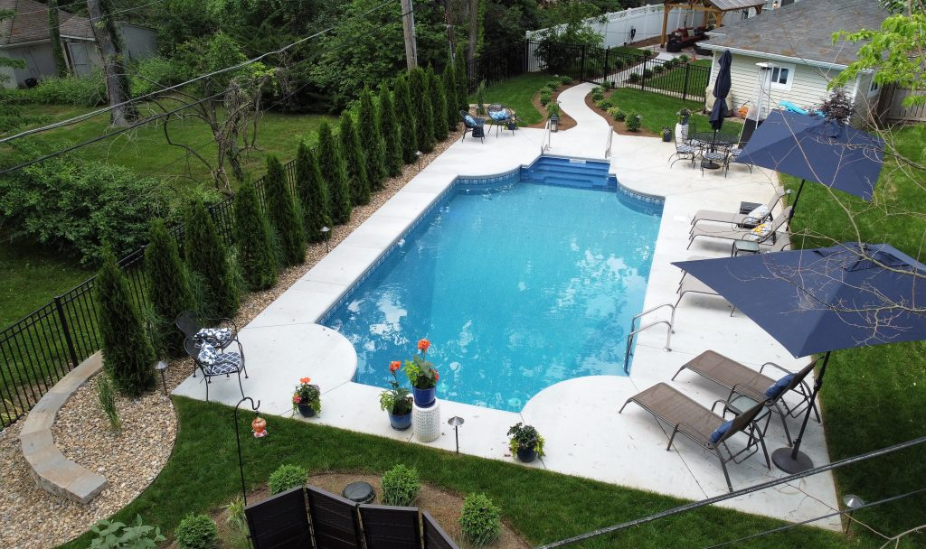 landscaping in Webster Groves, MO