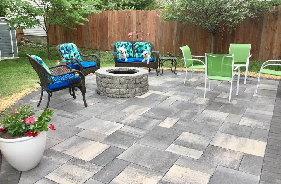 Outdoor Firepit And Fireplace Design In St Louis Hardscape